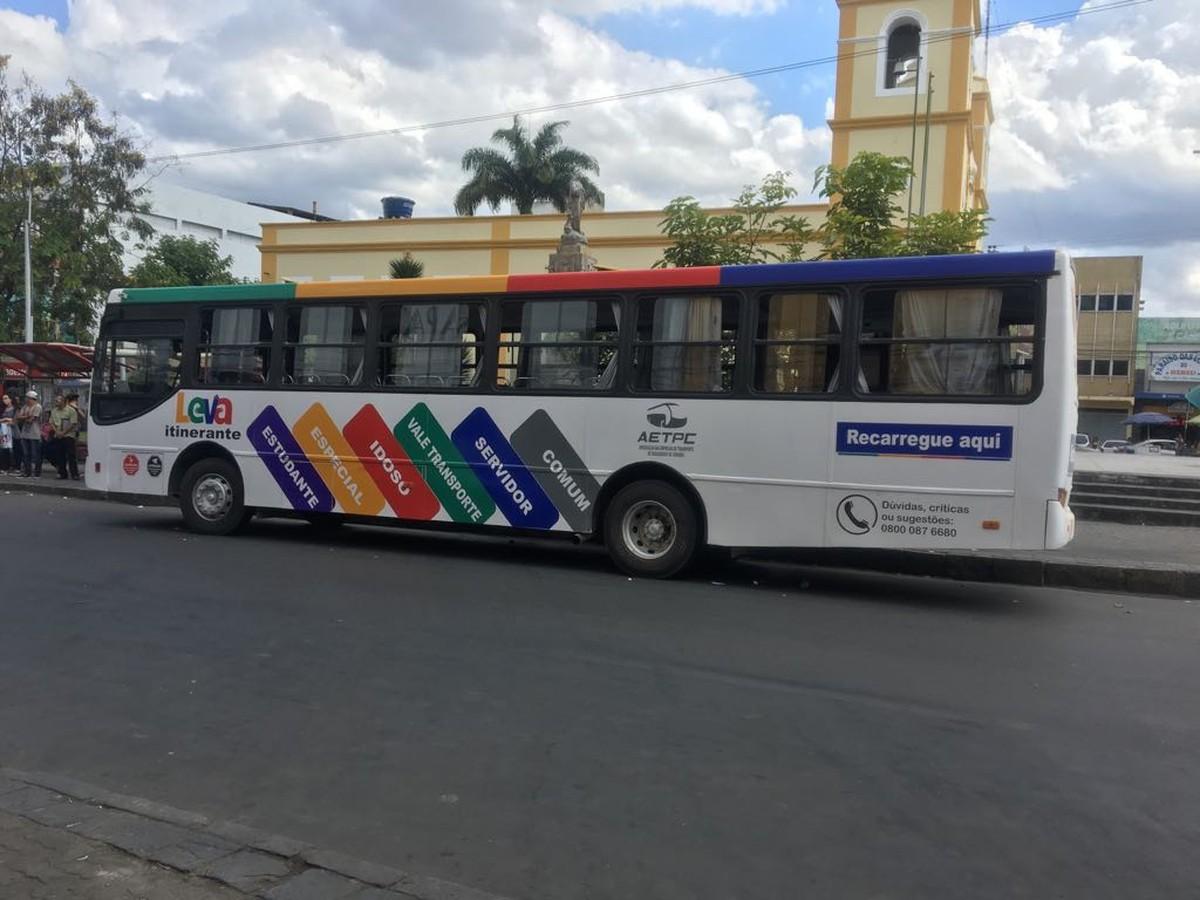 'Leva Itinerante' realiza atendimento no Marco Zero, em Caruaru