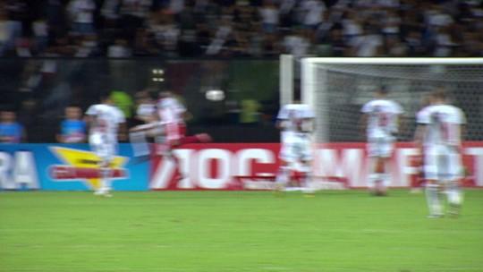 Fernando Miguel deixa o campo desolado e coloca o Vasco fora da Taça Rio