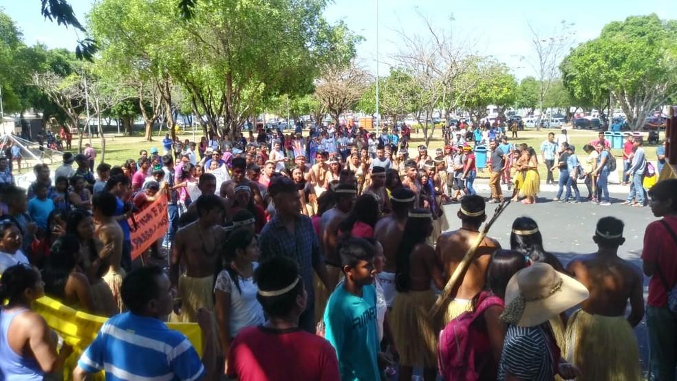 Organização estima que ato deve reunir até 800 pessoas até o final do dia  — Foto: Jackson FélixG1 RR