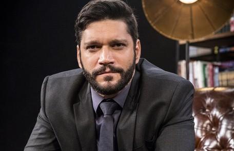 Na quarta-feira (7), Diogo (Armando Babaioff) descobrirá o endereço de Paloma e avisará a Alberto TV Globo