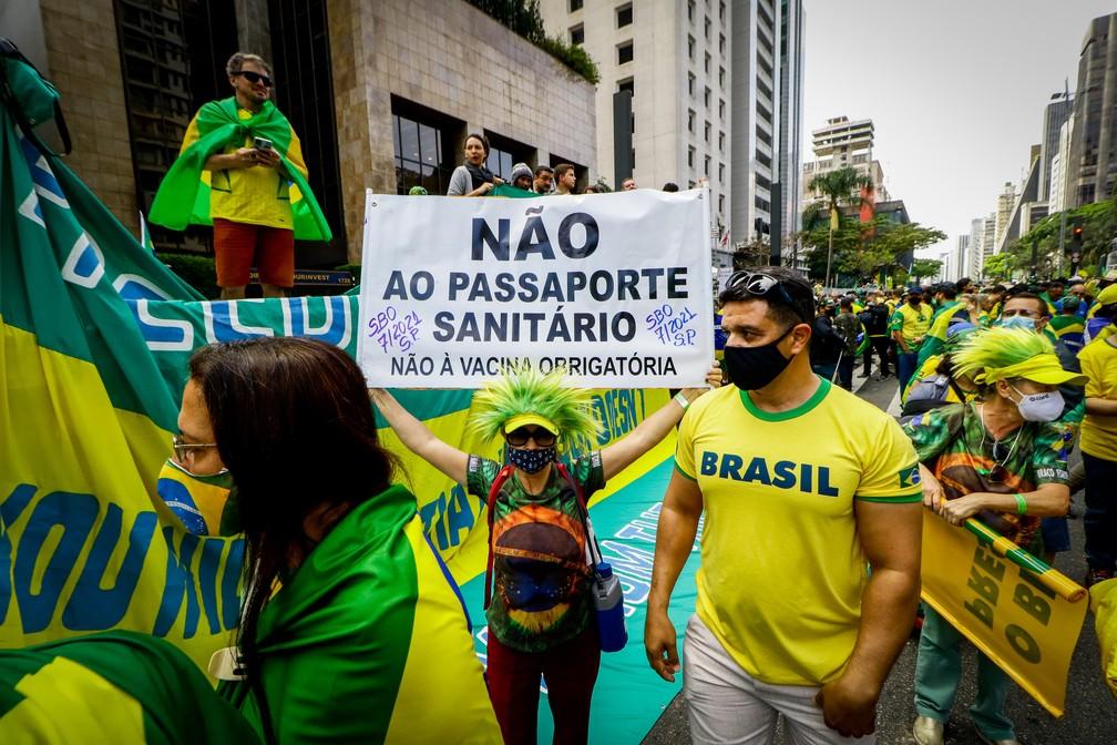 Apoiadores do presidente Jair Bolsonaro participam de ato na Avenida Paulista, na região central de São Paulo, na manhã desta terça-feira (7) — Foto: Aloisio Mauricio/Fotoarena/Estadão Conteúdo