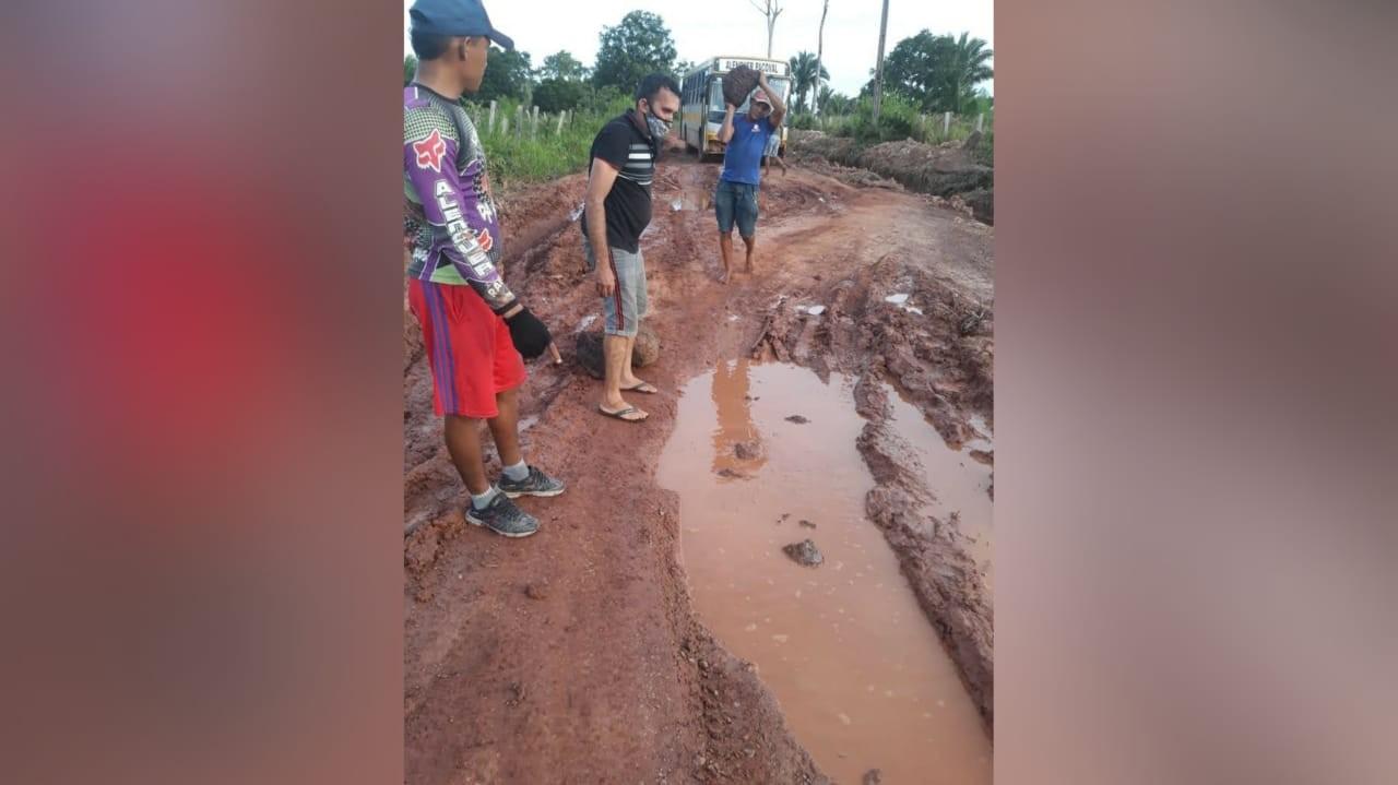 Moradores do Quilombo Pacoval denunciam precariedade do ramal que dá acesso a Alenquer