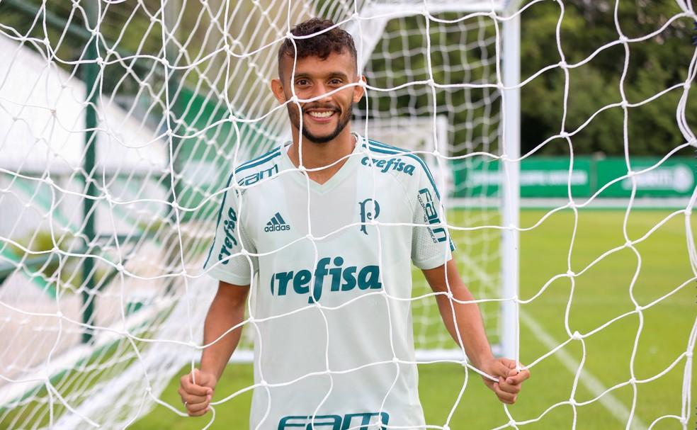 Gustavo Scarpa está impedido de treinar pelo Palmeiras (Foto: JALES VALQUER/FOTOARENA/ESTADÃO CONTEÚDO)