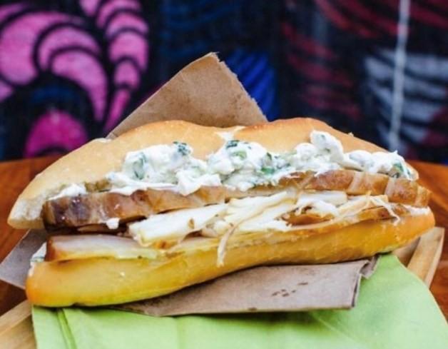 Manda!: sanduiche de pirarucu do Amazonas