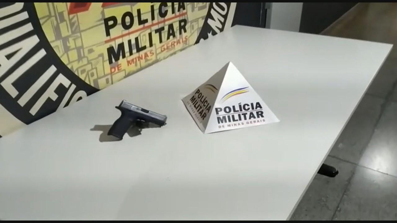 Trio é detido por suspeita de roubar carro de idoso na Região Metropolitana de BH
