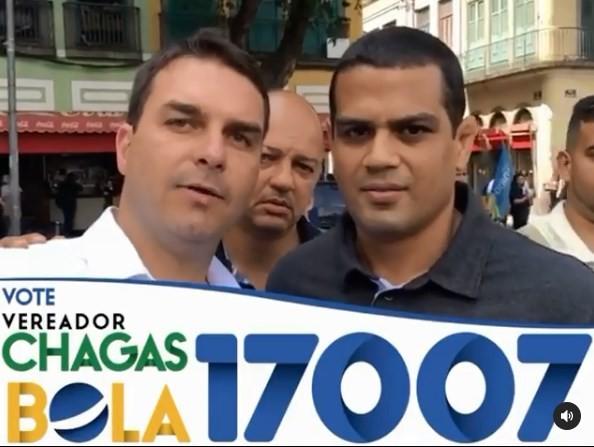 Em vídeo divulgado pelo PM Luiz Carlos Chagas de Souza Junior, Flávio Bolsonaro pede votos