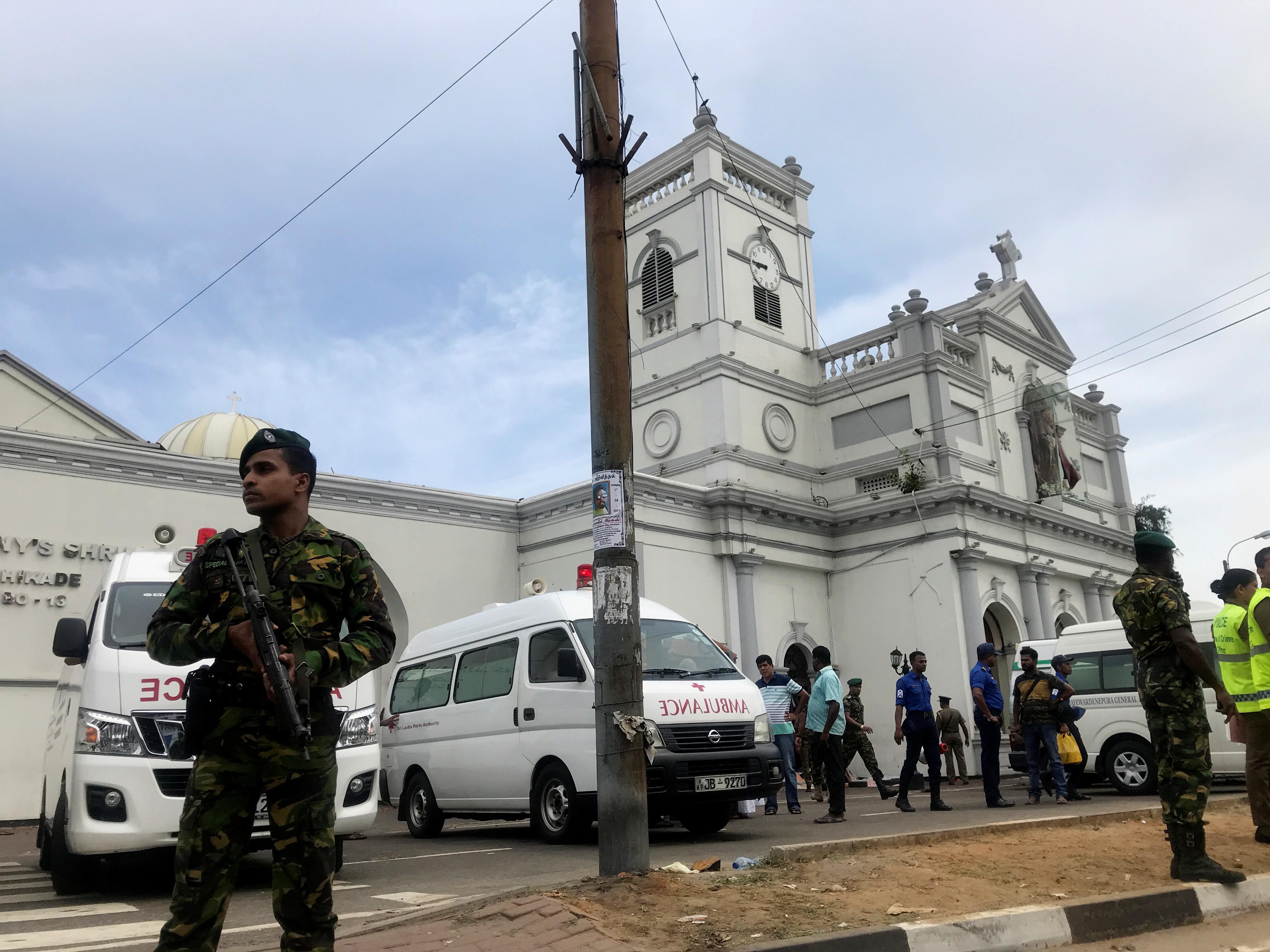Explosões atingem hotéis de luxo e igrejas católicas no Sri Lanka