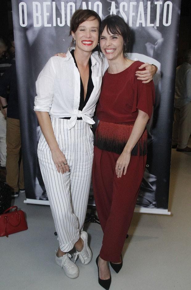Mariana Ximenes e Débora Falabella (Foto: Wallace Barbosa/AgNews)