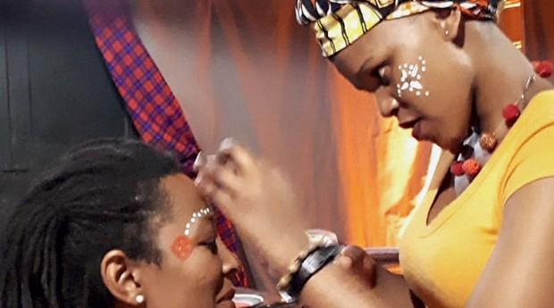 Fotos tiradas por clientes da Go Diáspora. Além de ensino de inglês acessível, a agência oferece um mergulho na cultura africana    (Foto: Arquivo pessoal)