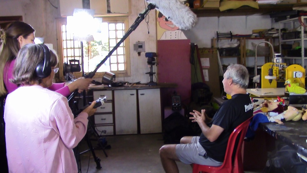 """Gravação de cena do filme """"Arte e Artistas do Meu Bem Querer"""", de Tistá Filintro. — Foto: Divulgação"""