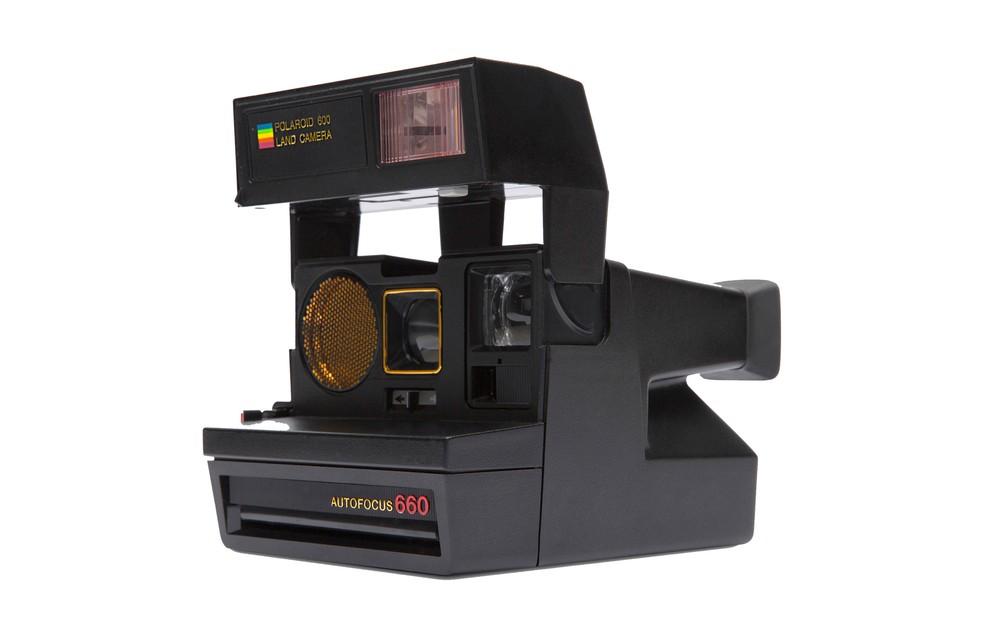 Polaroid 660 imprimia fotos instantaneamente (Foto: Divulgação/Polaroid)