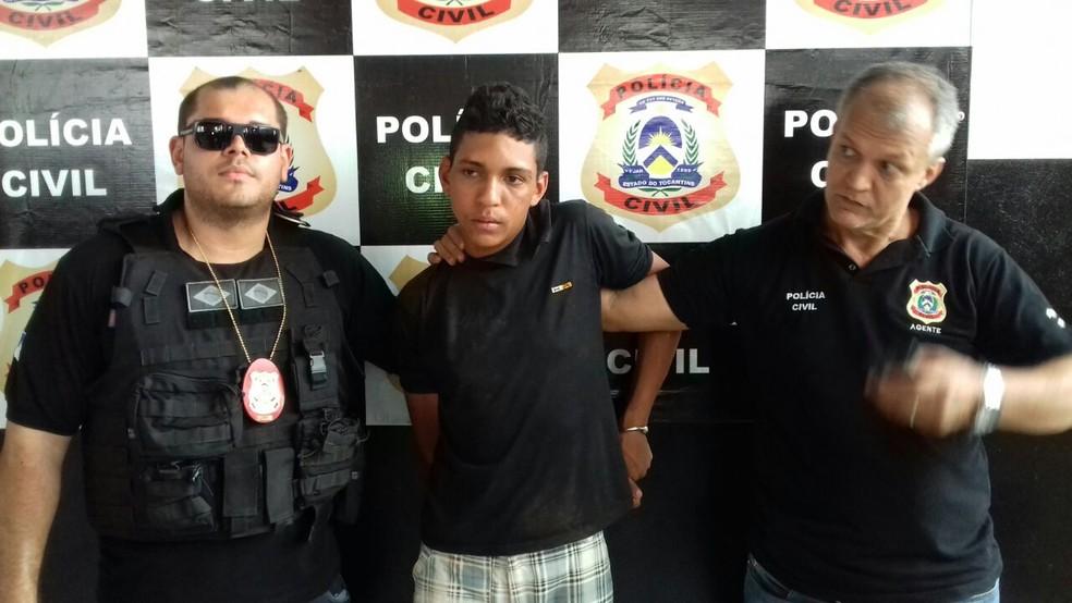 Suspeito de agredir ex-namorado com facão é preso em Araguaína  (Foto: Marcos Humberto/TV Anhanguera)