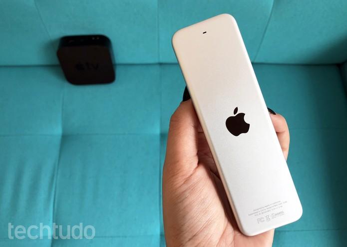 Siri Remote, controle remoto da Apple TV (Foto: Anna Kellen Bull/TechTudo)
