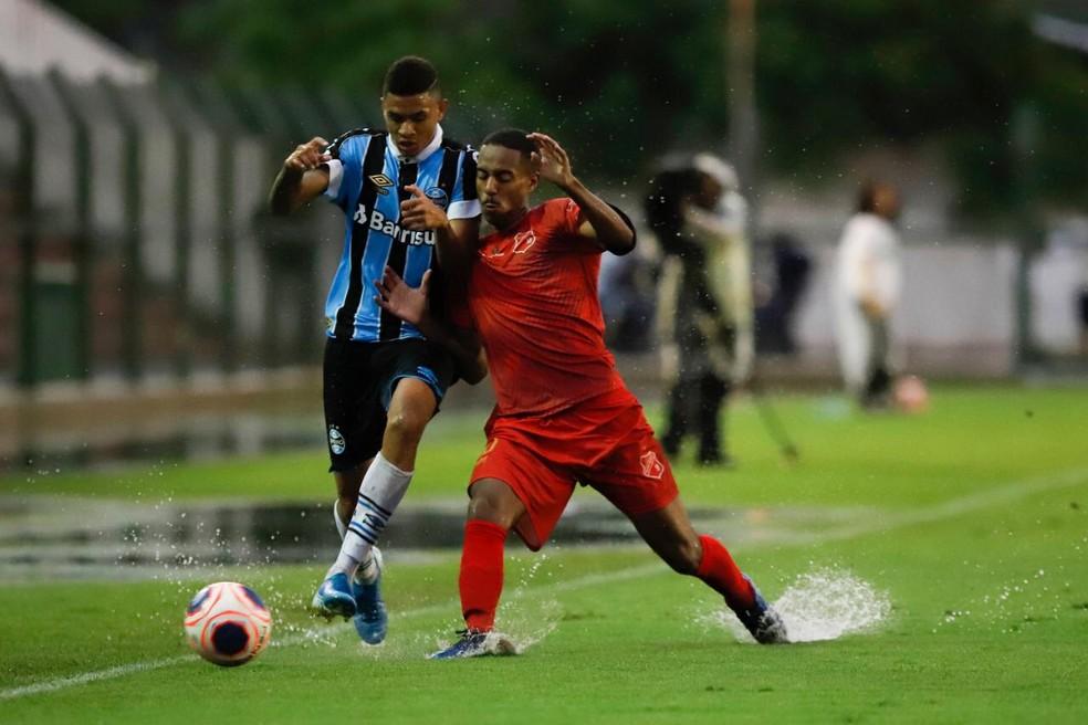 Grêmio fechou a fase de grupos com goleada por 4 a 0 no União Mogi — Foto: Wilian Oliveira/FotoAtleta