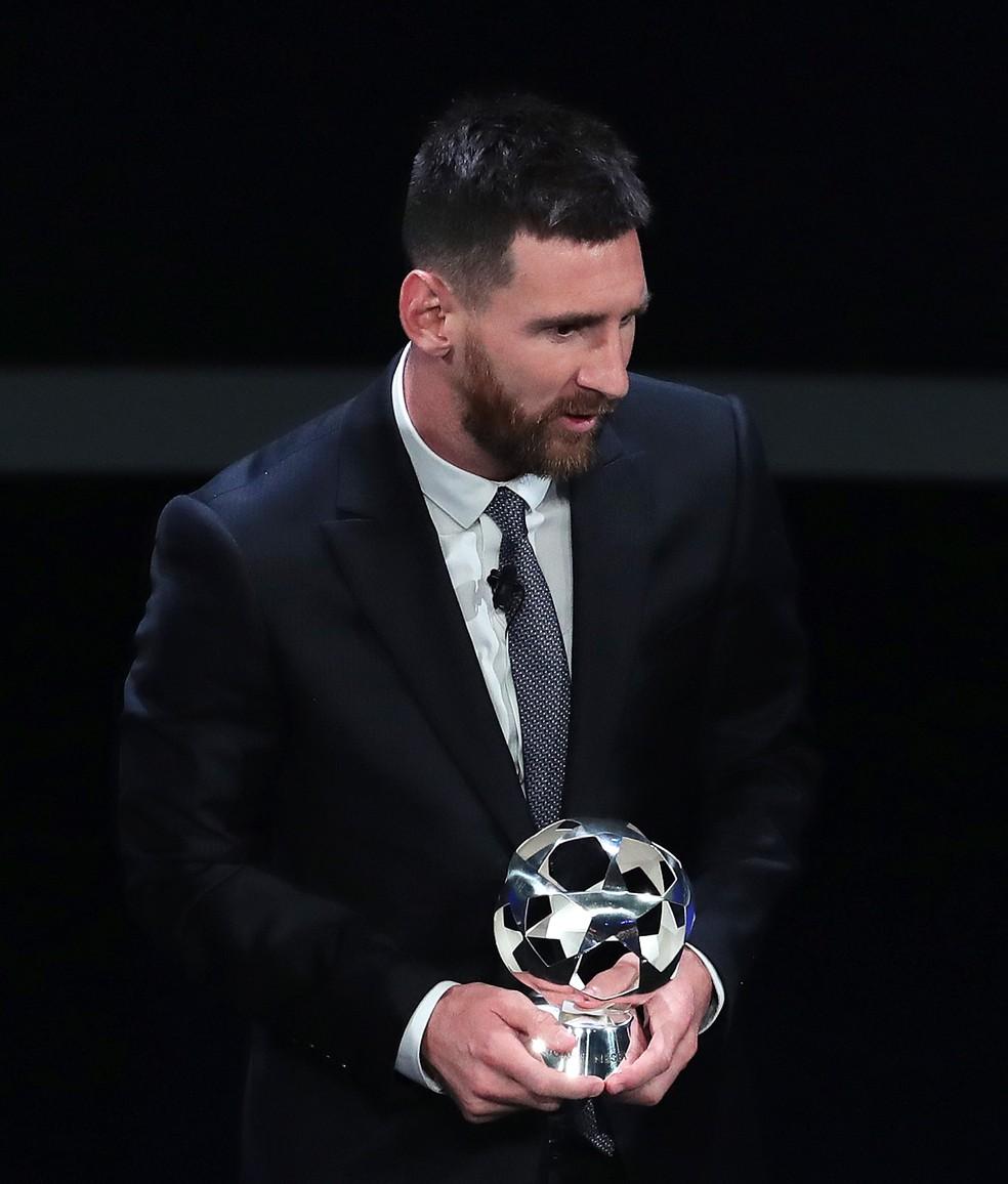 Messi supera Mané e Cristiano Ronaldo e é eleito melhor atacante — Foto: Getty Images