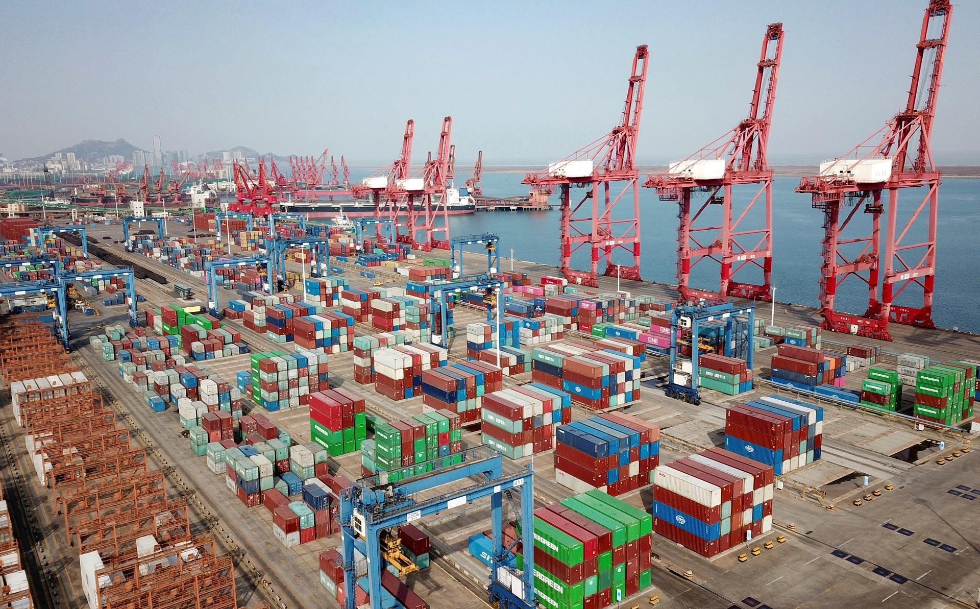 China registra aumento recorde nas exportações no início de 2021