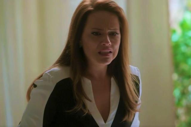 Vivianne Pasmanter em cena como Lili em 'Totalmente demais' (Foto: TV Globo)