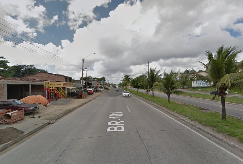 Acidente ocorreu em Cruz de Rebouças, em Igarassu (Foto: Reprodução/Google Street View)