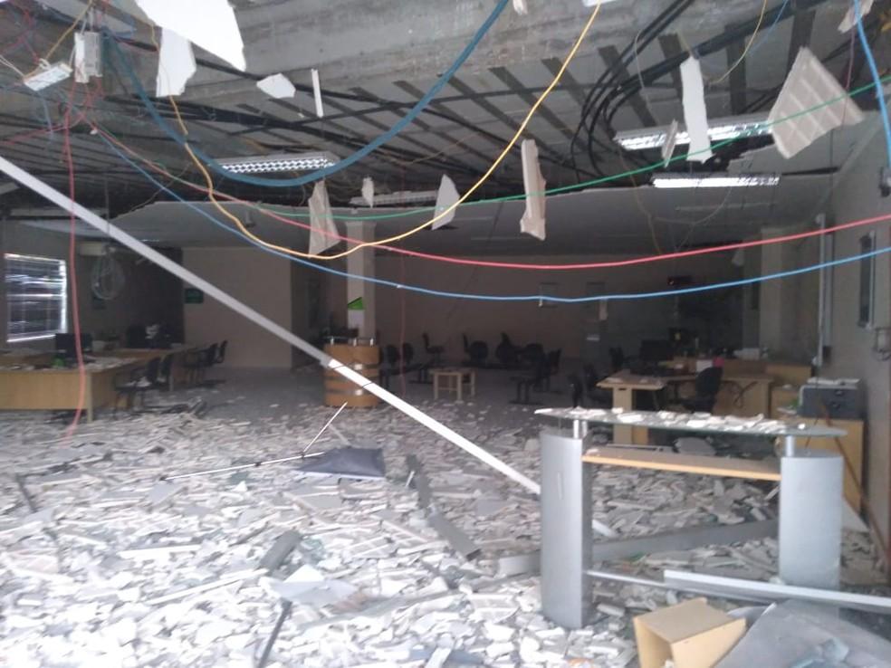 Agência ficou totalmente destruída — Foto: Divulgação