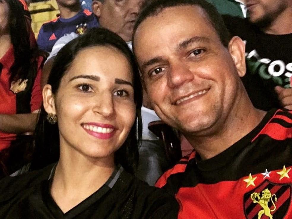 Casal está junto há cinco meses e já tem data de casamento marcada (Foto: Arquivo Pessoal/Valdemilson Bonfim)