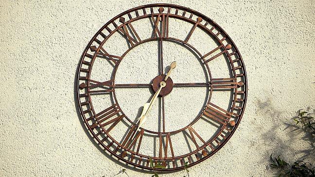 Roda, tempo, relógio (Foto: Pixabay)