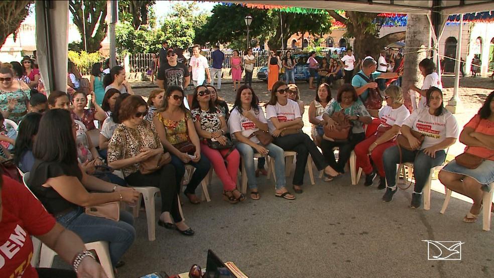 Professores querem reajuste salarial e dizem que falta boa vontade da Prefeitura (Foto: Reprodução/TV Mirante)