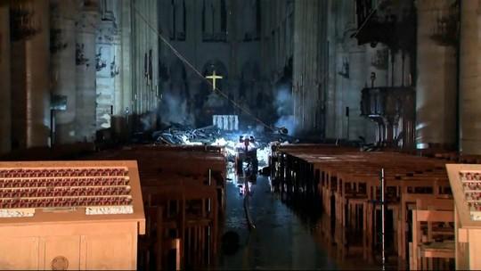 Veja repercussão do incêndio na Catedral Notre-Dame, em Paris