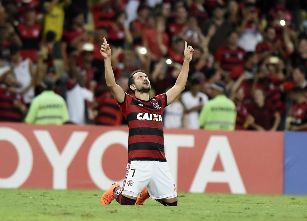 Éverton viveu um turbilhão de sentimentos na noite desta quarta (Foto: André Durão/GloboEsporte.com)