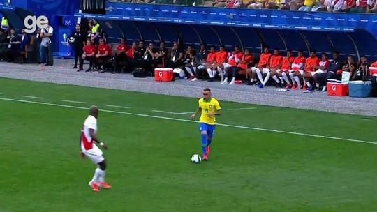 Everton brilha na Seleção e volta à Arena do Grêmio sob os olhos do mundo