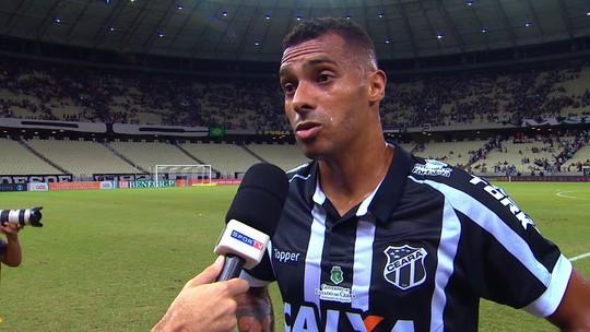 Élton elogia qualidade do São Paulo e lamenta empate sem gols