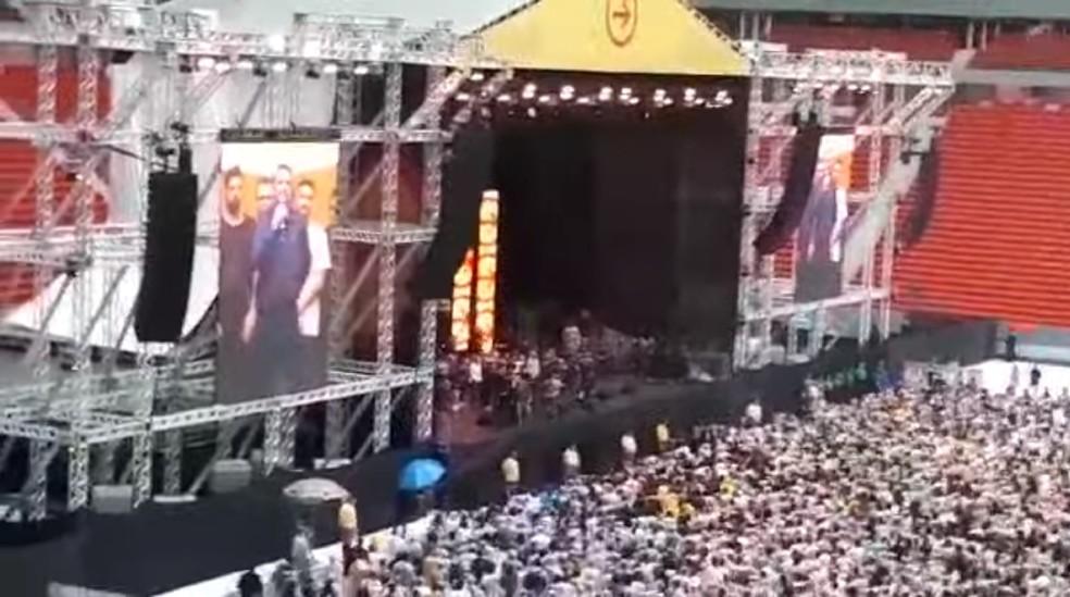 Show no estádio Mané Garrincha no último dia 8 — Foto: Reprodução