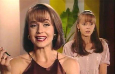 """A atriz venezuelana Gabriela Spanic viveu as irmãs Paulina e Paola na novela mexicana """"A Usurpadora"""", de 1998, que fez sucesso no Brasil ao ser exibida pelo SBT Divulgação"""