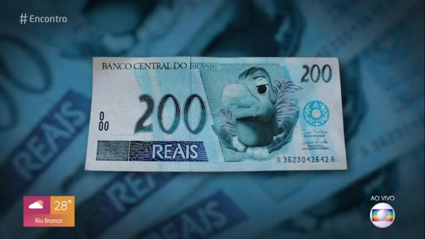 Louro José brinca com montagem em nota de R$ 200: 'Metido esse lobo-guará'