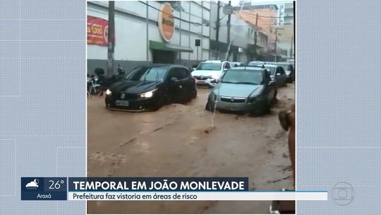 Chuva provoca alagamentos em João Monlevade, na Região Central de MG