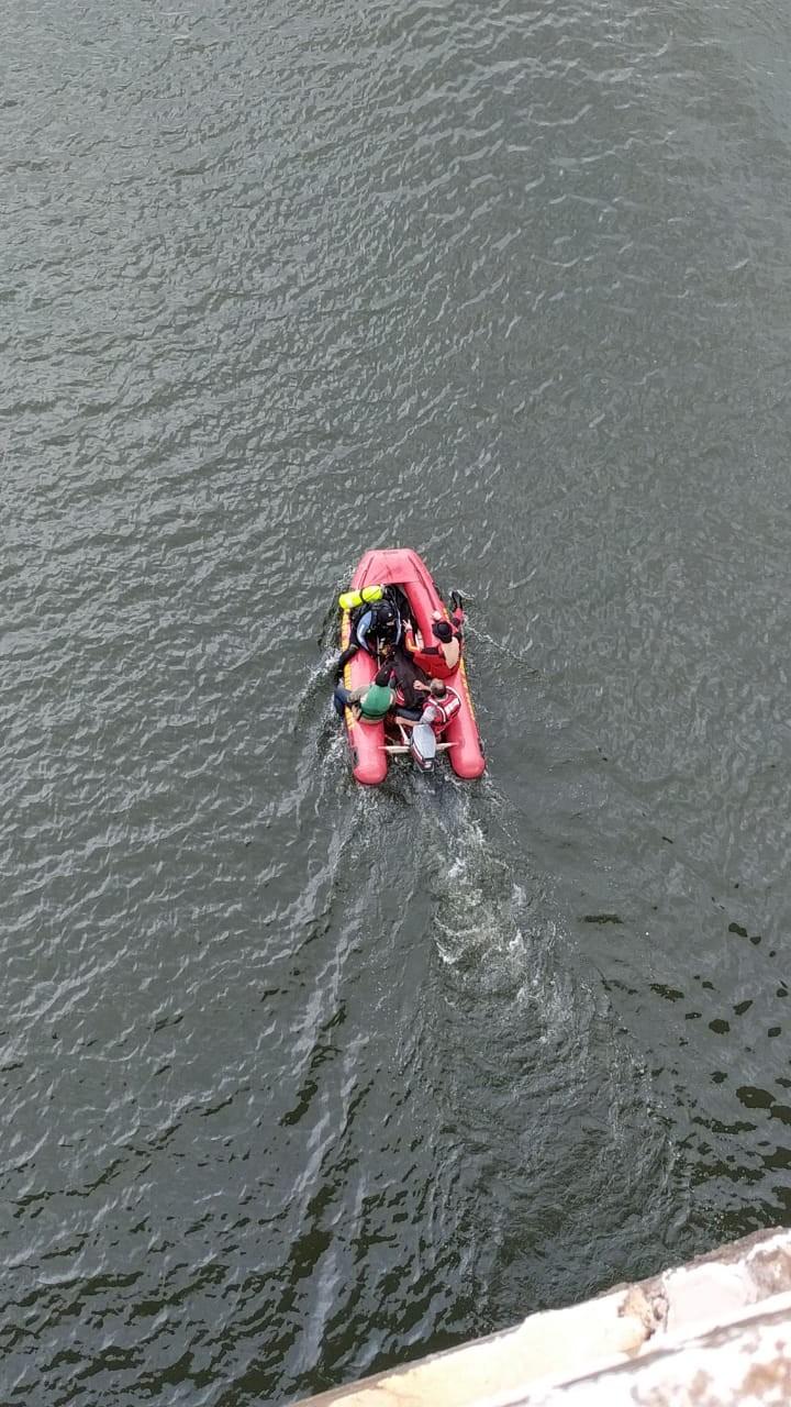 Corpo de um dos homens desaparecidos no Rio Piquiri é encontrado, diz Corpo de Bombeiros - Notícias - Plantão Diário