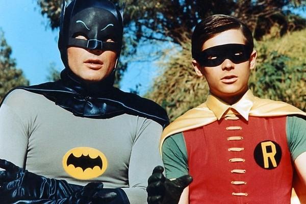Adam West e Burt Ward na série Batman e Robin (Foto: Reprodução)