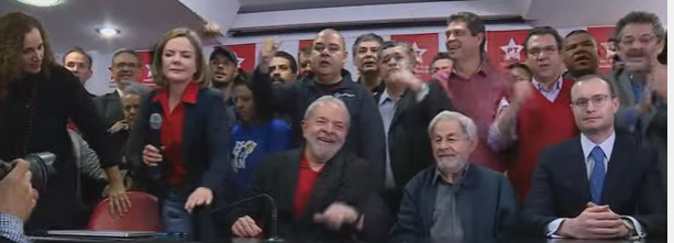 Lula se pronuncia sobre condenação