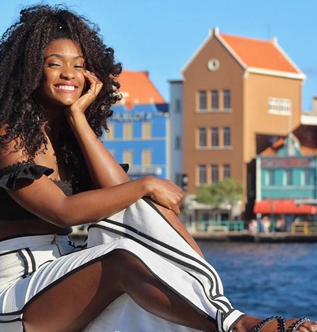 Érika Januza em Curaçao (Foto: Reprodução/Instagram)