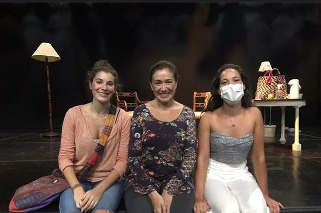 Giulia Bertolli, Lilia Cabral e Adriana Birolli (Foto: Divulgação)