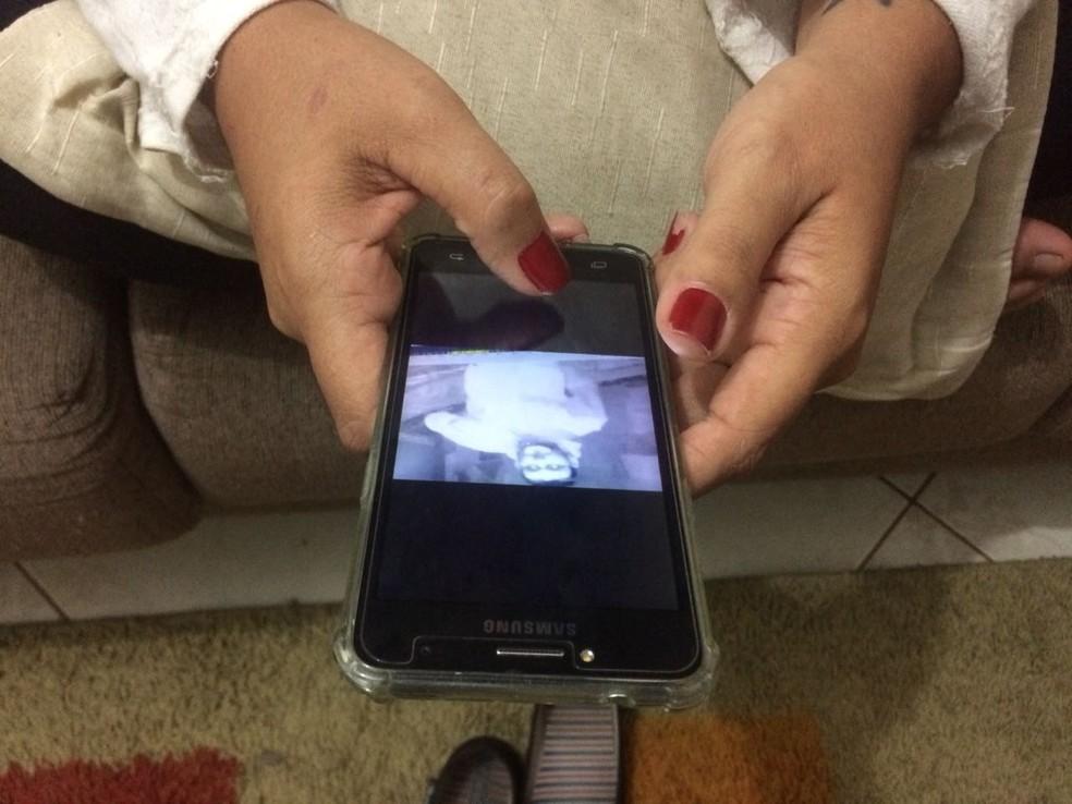 Vítima reconheceu agressor por imagens de câmeras de segurança em Votorantim (Foto: Carlos Dias/G1)