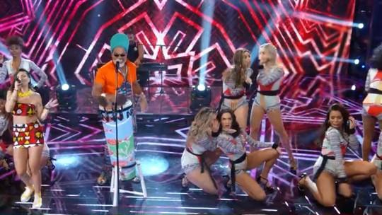 Carlinhos Brown lança funk Carnaval em parceria com Lele Tridico no 'Ding Dong'