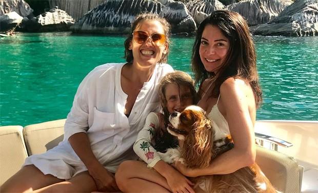 Paola Carosella, a filha, Francesca, e Ana Paula Padrão (Foto: Reprodução / Instagram)