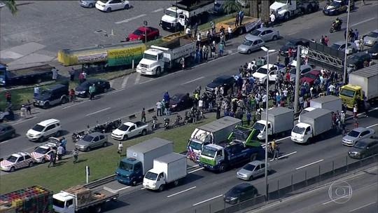 Governo identifica empresas que mantiveram bloqueios em rodovias