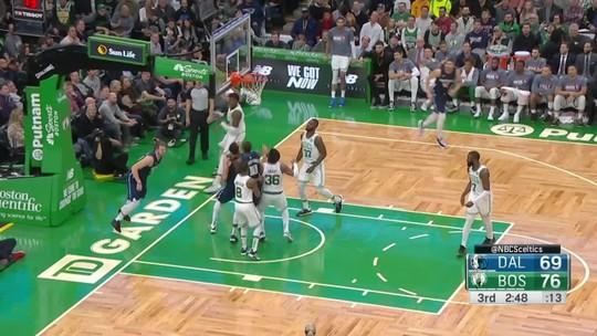 Celtics batem Mavericks, somam 8ª vitória seguida e deslancham na liderança do Leste