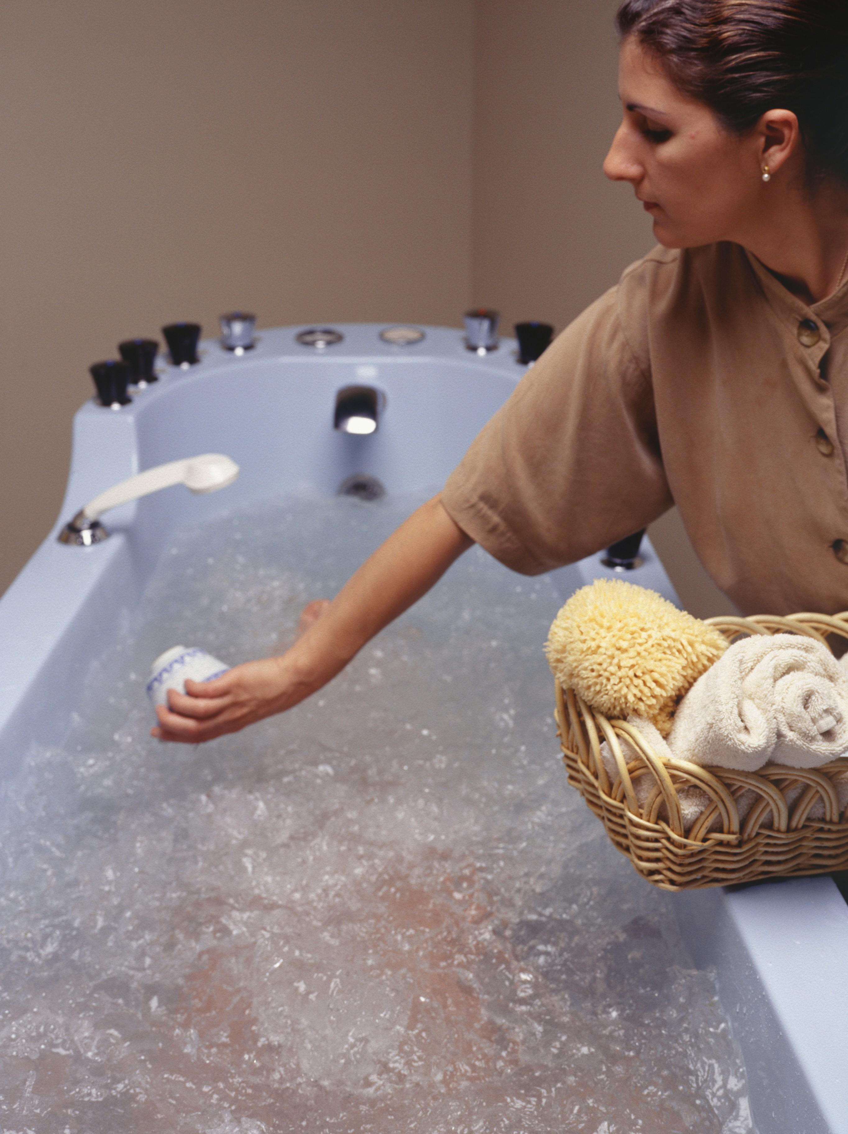 Banho de ervas é bom para limpar a aura (Foto: Thinkstock)