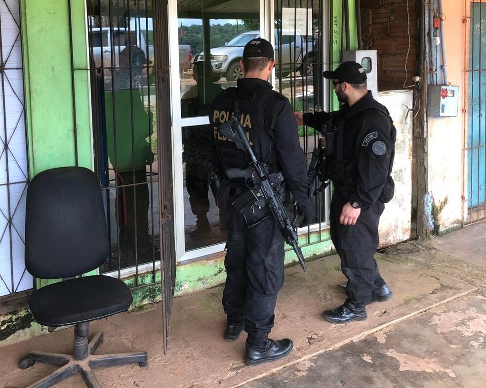 Estabelecimentos comerciais em Oiapoque foram alvos das ações — Foto: PF/Divulgação