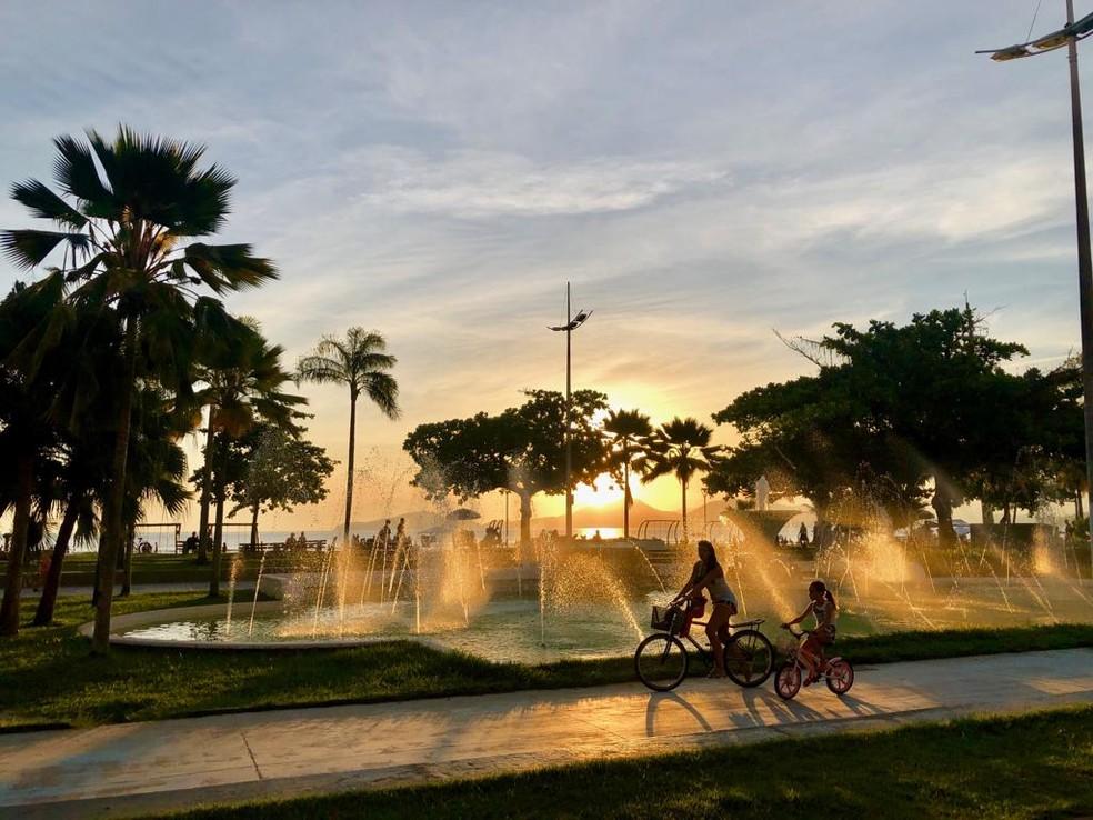 Pôr do sol na Fonte do Sapo em Santos (SP) — Foto: Rogério Soares/Jornal A Tribuna de Santos