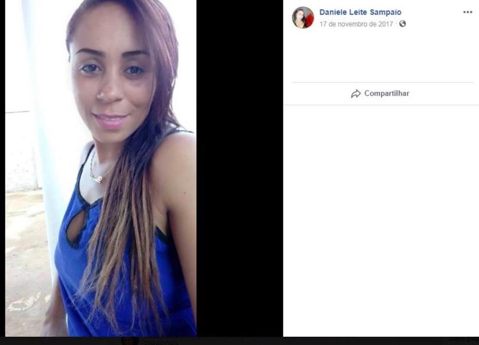 Mulher foi morta a tiros enquanto seguia para o trabalho — Foto: Reprodução/Facebook