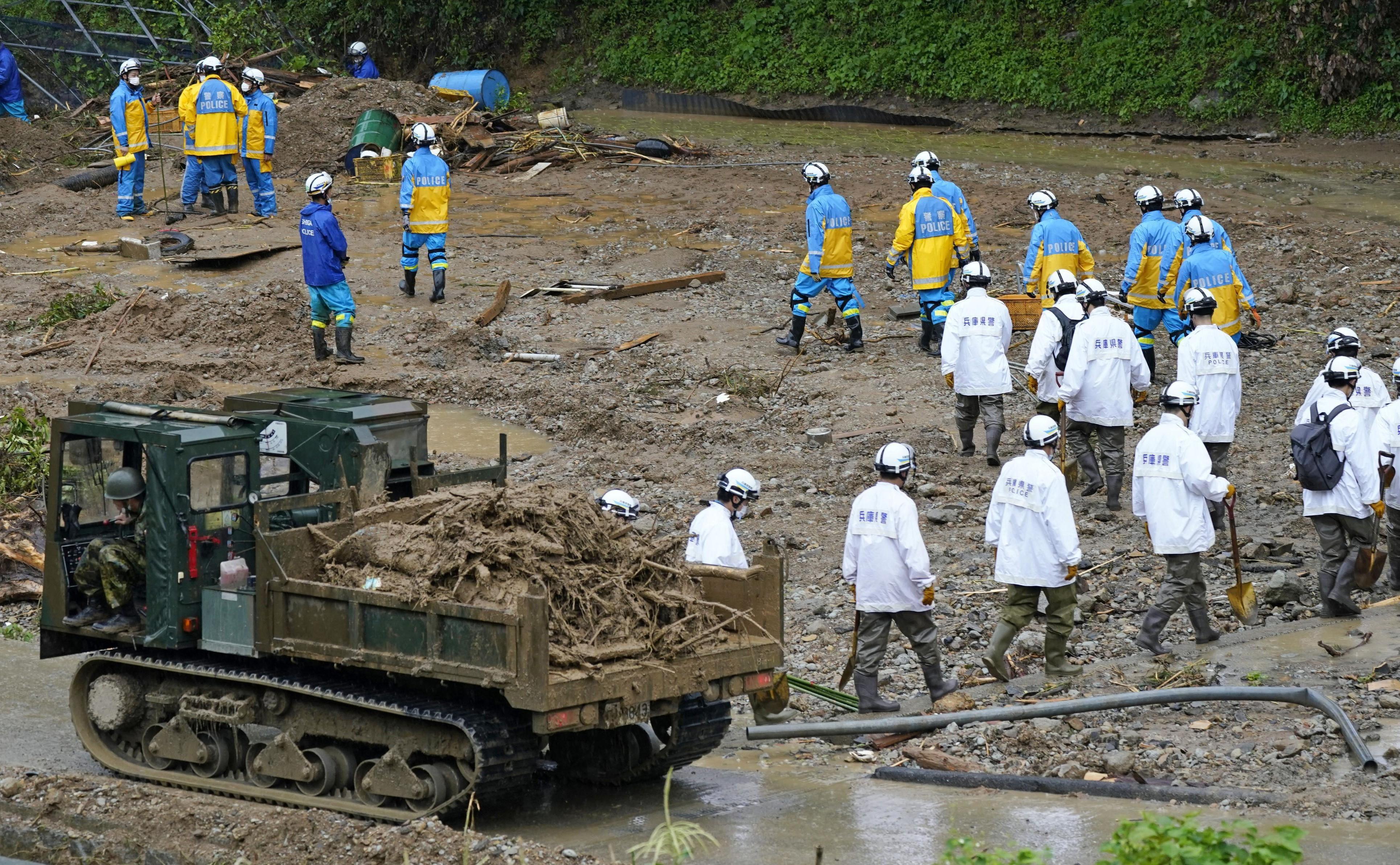 Japão emite novos alertas para chuvas torrenciais e deslizamentos