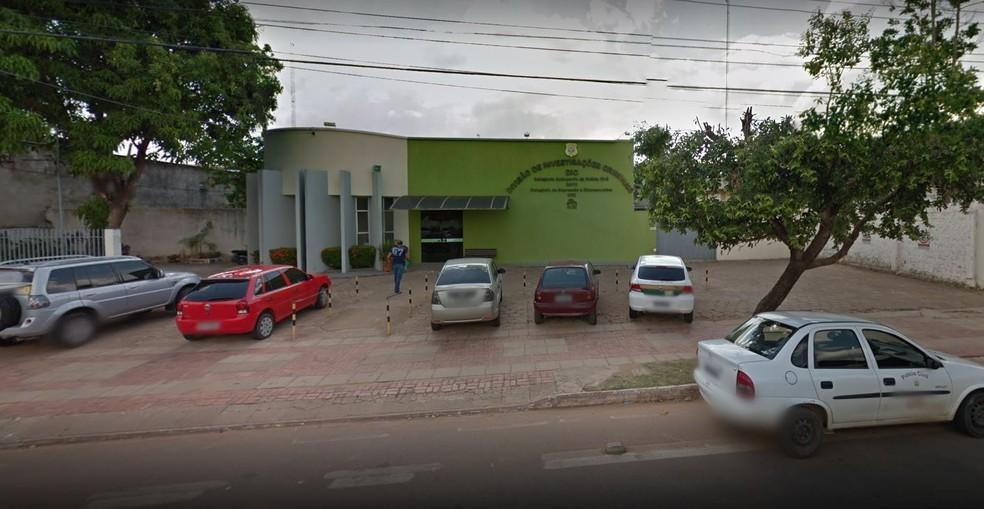 A Delegacia de Flagrantes registrou o boletim de ocorrência em Rio Branco  — Foto: Reproduição/Google Street View